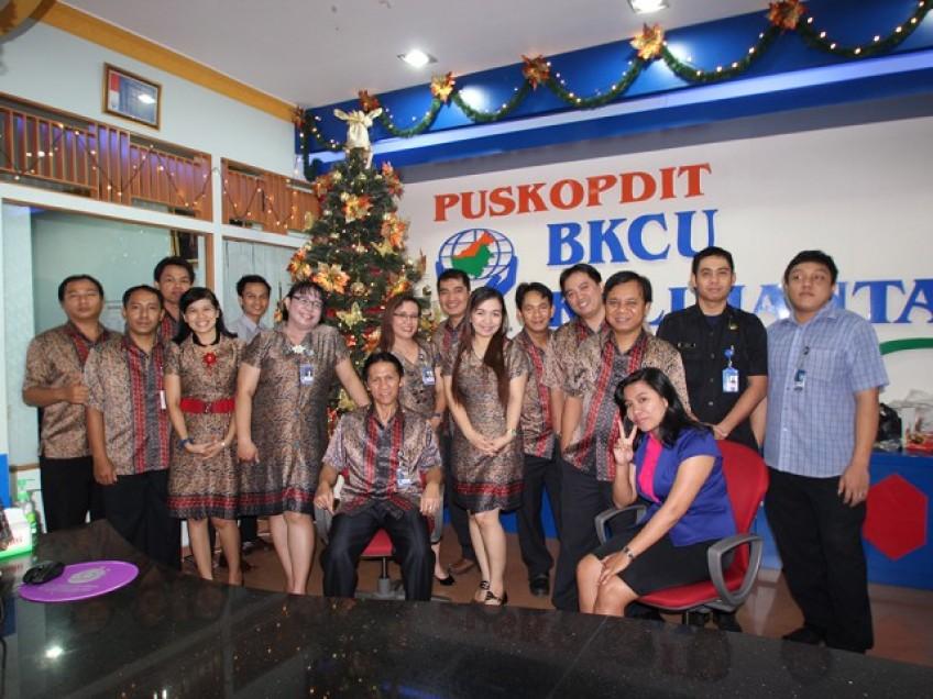 Suasana Natal Di Kantor Puskopdit BKCU Kalimantan