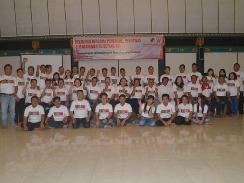 164 Orang Ikuti Rekoleksi CU BESI
