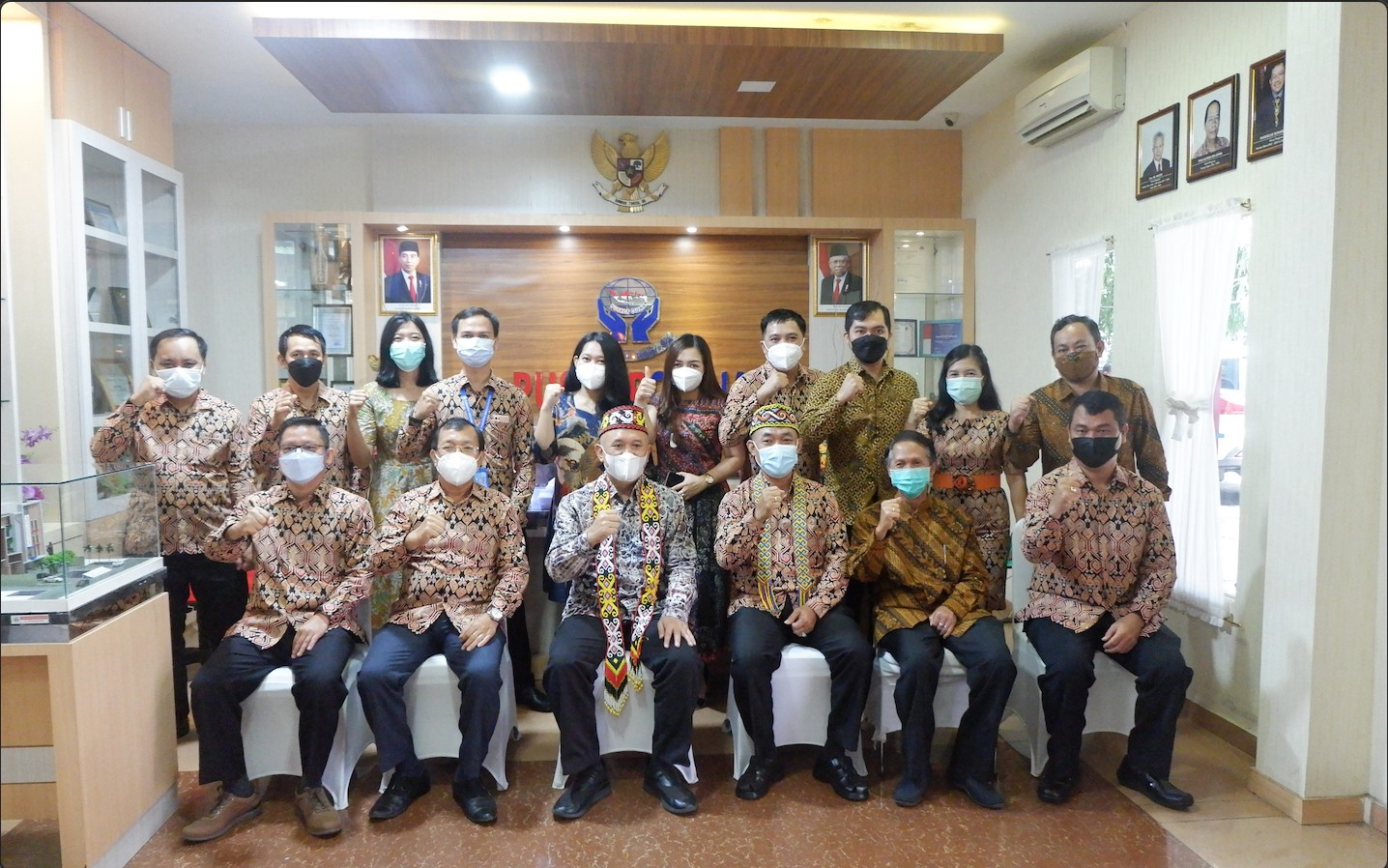 Menteri Koperasi dan UKM RI Berkunjung ke Puskop Credit Union Indonesia (PUSKOPCUINA)