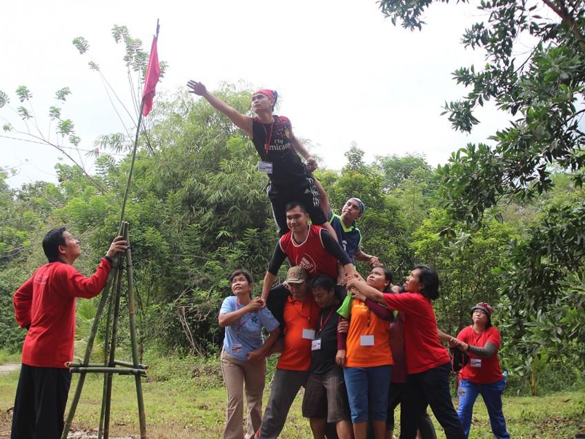Rekoleksi danTeam Building BKCU Kalimantan
